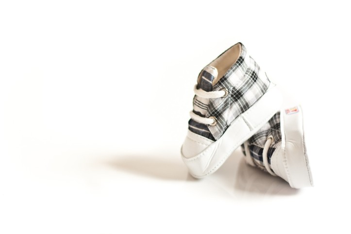 baby-shoes-929403_1920