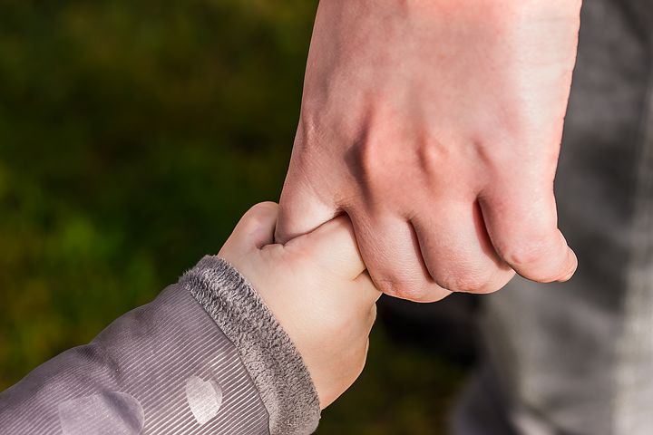 hands-1797401__480
